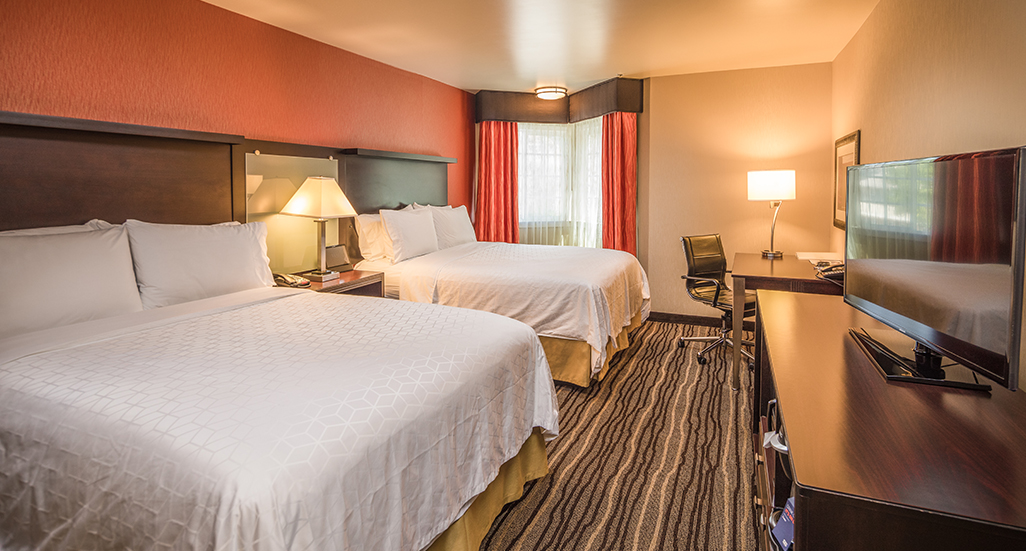 A DOUBLE QUEEN ROOM IS PERFECT FOR FAMILY AND LEISURE TRAVEL
