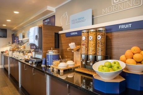 Welcome To Holiday Inn Express Mountain View Palo Alto - Fresh Fruits and Cereals
