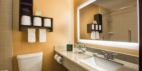 Welcome To Holiday Inn Express Mountain View Palo Alto - Vanity Area